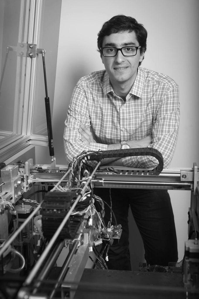 خاویر راموس پرینتر مخترع 3 بعدی هوش مصنوعی